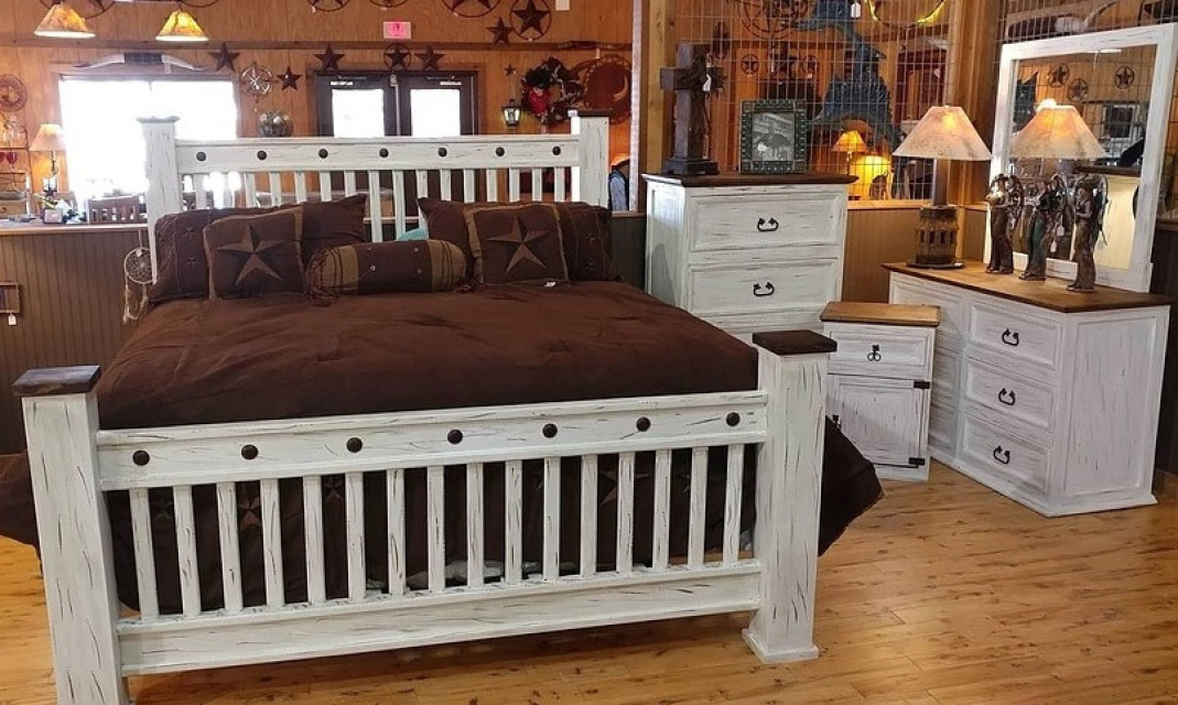 Rustic Bedroom Set Distressed White 5 Pieces Queen